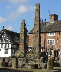 Sandbach = These Saxon Crosses are believed to have been completed in the century Cheshire Cheese, Chester Cheshire, Cheshire England, Moving To Australia, Anglo Saxon, Derbyshire, What A Wonderful World, British History, British Isles