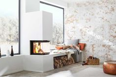 ▷ Kamin und Kaminofen – Funktionen, Kauftipps, Modelle Fireplace with three glazed windows by Brunner Home Fireplace, Modern Fireplace, Living Room With Fireplace, Fireplace Design, Fireplaces, Kitchen Living, Home Living Room, Living Spaces, Sweet Home