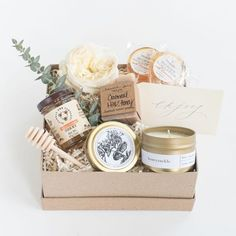 Award-winning curated gift boxes by Marigold & Grey. Our ready-to-ship luxury gift boxes and pre-curated gift sets include free U. Gift Hampers, Gift Baskets, Love Gifts, Thank You Gifts, Cadeau Client, Shower Hostess Gifts, Wedding Welcome Gifts, Gift Box Design, Curated Gift Boxes