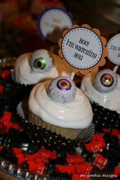 Google Image Result for http://blogassets.catchmyparty-cdn.com/wp-content/uploads/2010/10/ghostly-goodies-halloween-tablescape-1-400x600.jpg