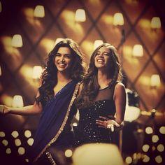 yjhd scholar naina - Google Search Indian Bridesmaids, Bridesmaid Duties, Deepika Padukone, Kareena Kapoor, Ranbir Kapoor, Bollywood Celebrities, Bollywood Actress, Bollywood Fashion, Indian Actresses