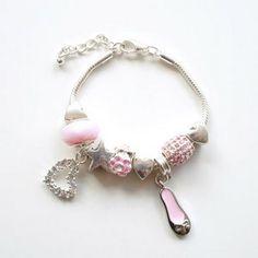 Lovely dangle charm bracelet