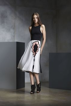 Issa Pre-Fall 2015 - Slideshow - Runway, Fashion Week, Fashion Shows, Reviews and Fashion Images - WWD.com