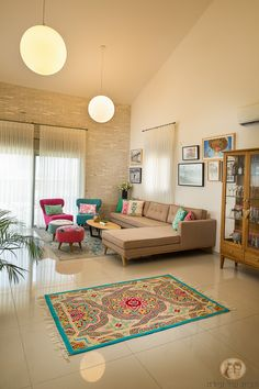 The Best Indian Home Decoration Ideas For Your New Home - Indian Living Room Design Ideas, Inspiration & Images Living Room Interior, Home Living Room, Living Room Designs, Living Room Decor, Indian Home Interior, Home Interior Design, Interior Decorating, Indian Interiors, Decorating Ideas