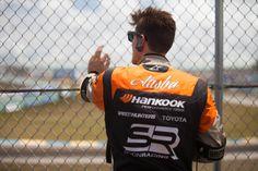 Fredric Aasbø ser spent på under runde 3 av drifting i Miami.