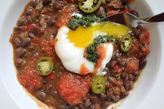Black Beans with Salsa Roja, Kale Salsa Verde, and a Poached Egg » Not Eating Out in New York