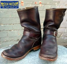 motorcycle boots!!