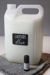 Zelf wasmiddel maken tot 18 x goedkoper! Recept voor zalige wasverzachter. - Anne Drake