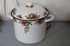 Royal Albert OLD COUNTRY ROSES Enameled 8 Qrt Stock Pot / Pan W/Lid NWT GERMANY