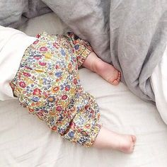 The little legs in those little Bloomers. D'Anjo; such a pretty print and they are in our sale which has just launched online  #cocoandwolf #danjo #libertyprint #libertyprintloveliness #bloomers