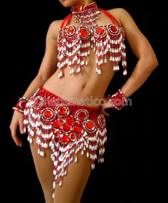 Belly Dancer Costumes, Belly Dancers, Dance Costumes, Dance Outfits, Dance Dresses, Decorated Bras, Belly Dance Outfit, Carnival Costumes, Showgirls
