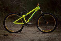 Banshee amp, sick bike