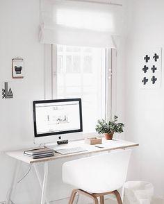 37 Best Desk Layouts Desk Accessories Images On Pinterest Desks