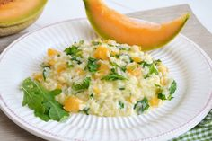 Risotto al melone e rucola, scopri la ricetta: http://www.misya.info/ricetta/risotto-al-melone-e-rucola.htm