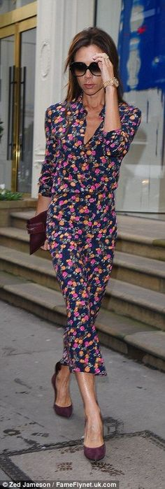 Victoria Beckham shrugs off winter in a pretty printed dress