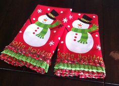Ruffled Christmas dish towels from Dollar Tree. #diy #christmas #crafts