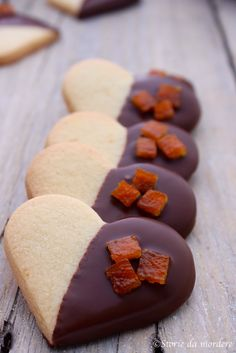biscotti cuori cioccolato e scorzette arancia candita