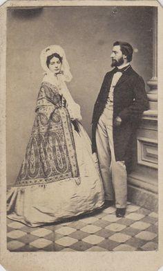 CDV Carte de Visite Civil War Era Husband Wife Fancy Hoop Dress ID'D George & Emma Merrill | eBay paisley shawl fashion bonnet