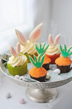 Cupcakes et ses carottes et oreilles lapins sablés