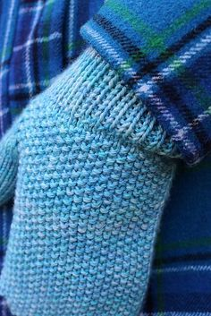 Ravelry: Blue Skies Mittens pattern by Sara Delaney