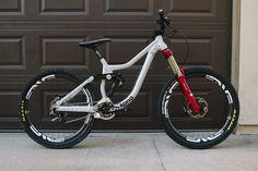 Custom Entourage - 26onlys Bike Check - Vital MTB