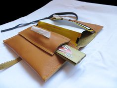 leather tobacco pouch, leather and black Leather Tobacco Pouch, Leather Belt Pouch, Leather Belts, Leather Bag, Diy Leather Projects, Leather Craft, Gold Gloves, Combat Gear, Pouch Pattern