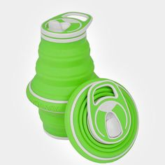 Collapsible Water Bottle - 21 oz Pocket-sized Travel WATERTIGHT - Watertight seals throughout to prevent leaks BPA-FREE - Food-grade silicone and plastic a Travel Water Bottle, Travel Bottles, Amazon People, Collapsible Water Bottle, Filtered Water Bottle, Clever Gadgets, Travel Workout, Serveware, Travel Essentials