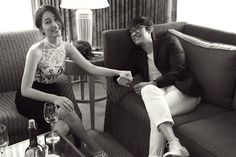 Lee Byung Hun and Lee Min Jung Are Just Happy Looking at Each Other in Wedding Pictorial