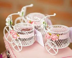 LEMBRANCINHAS EM CURITIBA: TABELA DE PREÇOS Baby Lulu, Baby Shawer, Chocolate Flowers Bouquet, Tea Party Table, Shabby Chic Art, Bamboo Box, Wedding Gifts For Guests, Baby Shower Decorations For Boys, Guest Gifts