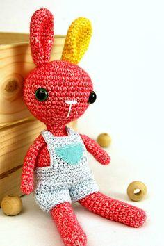 FIAhandmade / Zajačik Miňo Crochet Toys, Baby Toys, Tweety, Dinosaur Stuffed Animal, Handmade, Animals, Character, Art, Amigurumi