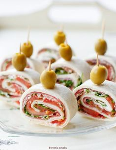 Party Finger Foods, Party Snacks, Mini Appetizers, Appetizer Recipes, Cooking Recipes, Healthy Recipes, Cheat Meal, Pizza, Food Design
