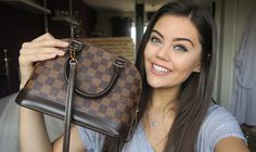 What's in my Bag! Louis Vuitton Alma BB.