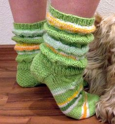 Leg Warmers, Fashion Online, Knitting, Crochet, Underwear, Style, Thoughts, Gloves, Leg Warmers Outfit