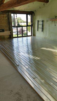 Vue d'ensemble du chantier de pose plancher chauffant Lyon - Rillieux par DM…