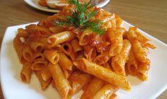 Томатный соус Берем: лук 1 шт. чеснок 1 долька растительное масло 2 ст.л. томатная паста 2 ст.л. соль, перец по вкусу сухие итальянские травы по вкусу Готовим: Разогреваем сковороду с растительным…