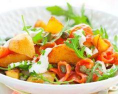 Recette de Salade de pommes de terre, saumon cuit, câpres, moutarde et citron