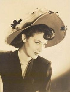 Ava Gardner - Page 7 - Western Movies - Saloon Forum Ava Gardner, Most Beautiful Animals, Most Beautiful Women, Seven Days In May, Night Of The Iguana, The Sun Also Rises, Saloon, She Movie, City Photography