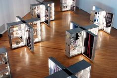 Creative Point of purchase displays and exhibition booths for trade-shows… Museum Exhibition Design, Exhibition Display, Exhibition Space, Design Museum, Exhibition Ideas, Exhibition Stands, Display Design, Store Design, Online To Offline