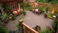 22 Traditional Patios for Daytime and Night Time Outdoor Bonding Spend time with the family on a beautiful patio with a traditional style.       Aside from the living area and other areas in the house where the family can spend time together, the outdoor space is a good spot for...