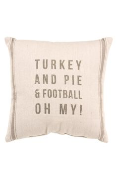 Turkey and pie & football, oh my! Can't wait for Thanksgiving!