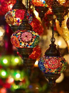 Grand Bazaar Lamps by languitar Diwali Decorations, Flower Decorations, Devine Light, Moroccan Lanterns, Morrocan Lamps, Unique Coffee Table, Grand Bazaar, Lights Background, Home Decor Furniture
