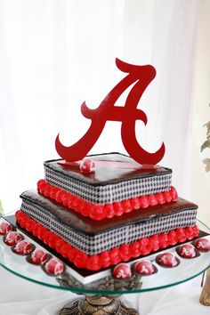 Roll Tide!  cake and cake bites
