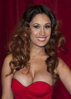 Preeya Kalidas l  long brown curly hair styles visit  for  advice and  trends