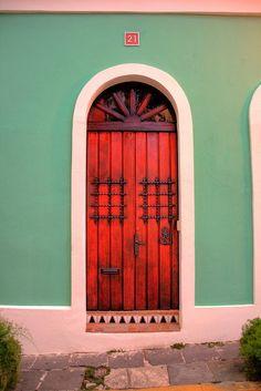 Red Door: San Juan Antiguo San Juan Puerto Rico / photo by Cool Doors, Unique Doors, Entrance Doors, Doorway, Pintura Exterior, When One Door Closes, San Juan Puerto Rico, Door Knockers, Door Knobs