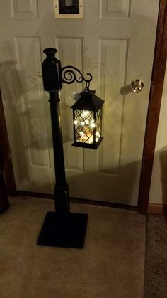 ideas diy lamp post outdoor christmas - DIY Home Decor Spindle Crafts, Wood Crafts, Christmas Porch, Outdoor Christmas, Christmas Lamp Post, Xmas, Outdoor Lamp Posts, Outdoor Lamps, Outdoor Lighting