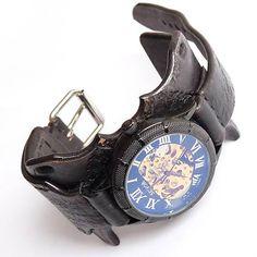 Čierne gotické hodinky, kožené hodinky