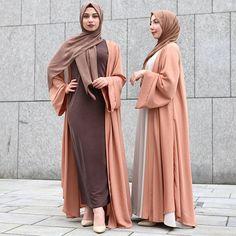 Latest Abaya designs for 2018 – Just Trendy Girls Islamic Fashion, Muslim Fashion, Modest Fashion, Fashion Outfits, Style Fashion, Fashion Ideas, Muslim Dress, Hijab Dress, Modest Wear