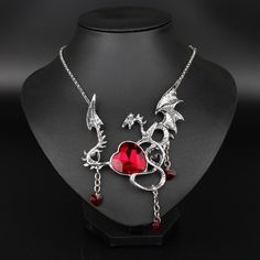 Wholesale Game Of Throne Dragon Necklace Gothic Blue Red Heart Crystal Neck Lace Women Jewelry Girls Gift