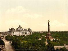 Die Siegessaeule in ihrer urspruenlichen Hoehe vor dem Reichstag um 1900