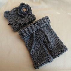 Ensemble mixte bonnet ourson + pantalon  ideal accessoires photos bebe